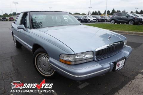 Pre-Owned 1996 Buick Park Avenue Base