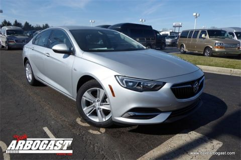 New 2018 Buick Regal Base