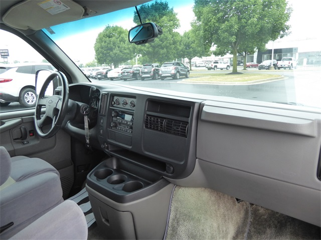 Pre-Owned 2003 Chevrolet Conversion Van Tiara