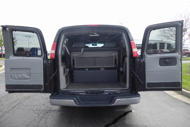 Pre-Owned 2010 GMC Conversion Van Explorer Limited