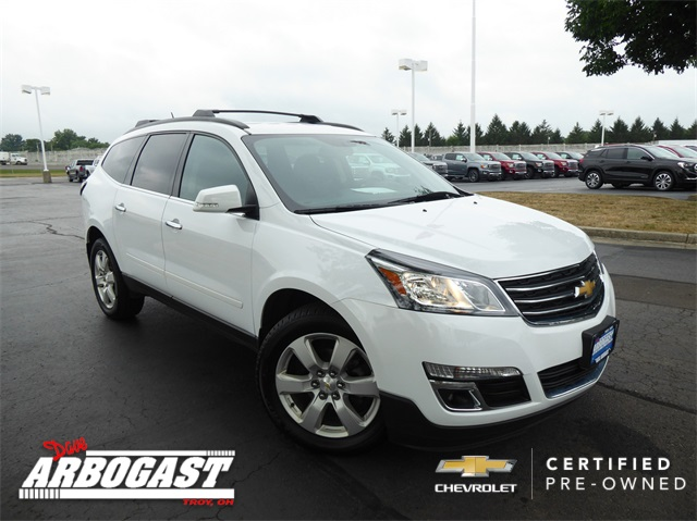 Certified Pre-Owned 2017 Chevrolet Traverse LT