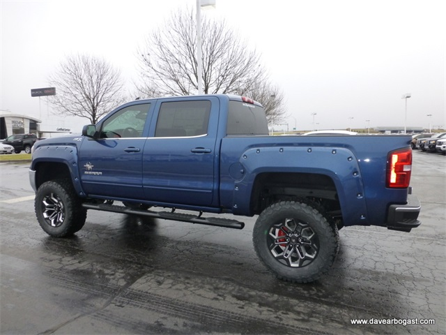 new 2017 gmc sierra 1500 black widow z71 lifted truck 4d crew cab in troy g11372 dave arbogast. Black Bedroom Furniture Sets. Home Design Ideas