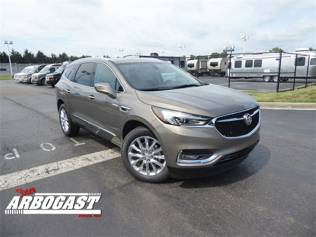 New 2020 Buick Enclave Essence With Navigation
