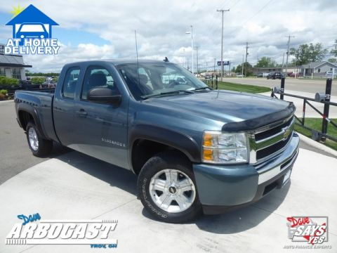 Pre-Owned 2009 Chevrolet Silverado 1500 Work Truck