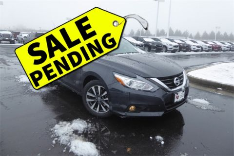 Pre-Owned 2017 Nissan Altima 2.5 SV