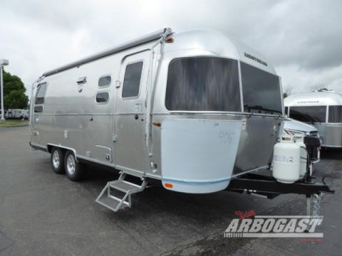 New 2020 Airstream RV Flying Cloud 25RB Twin
