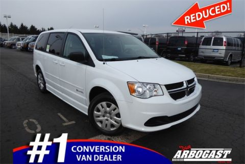 Pre-Owned 2016 Dodge Conversion Van Caravan
