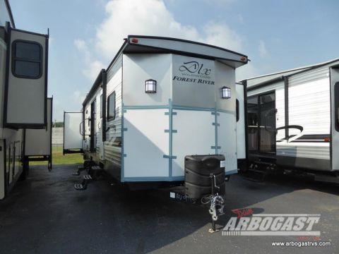 2020 Forest River RV Wildwood DLX 42QBQ